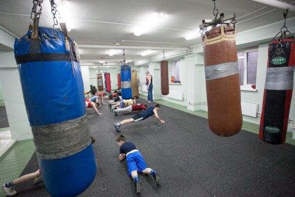 Бокс в Москве. ЗелАО. Учебно-спортивная база «Зеленоград» МГФСО МОСКОМСПОРТА
